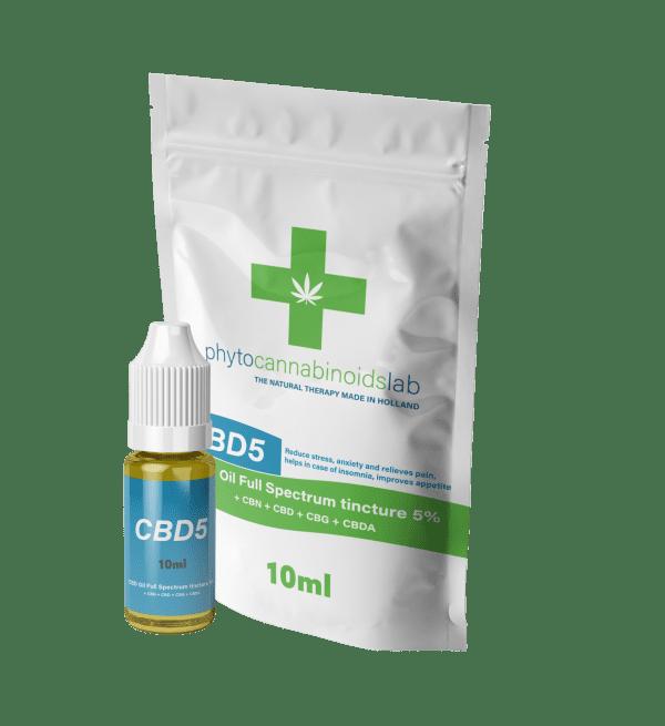 olio cbd 5 con boccetta